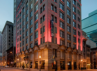 Hotel RL Baltimore Inner Harbor