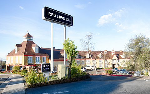 Red Lion Inn & Suites Auburn