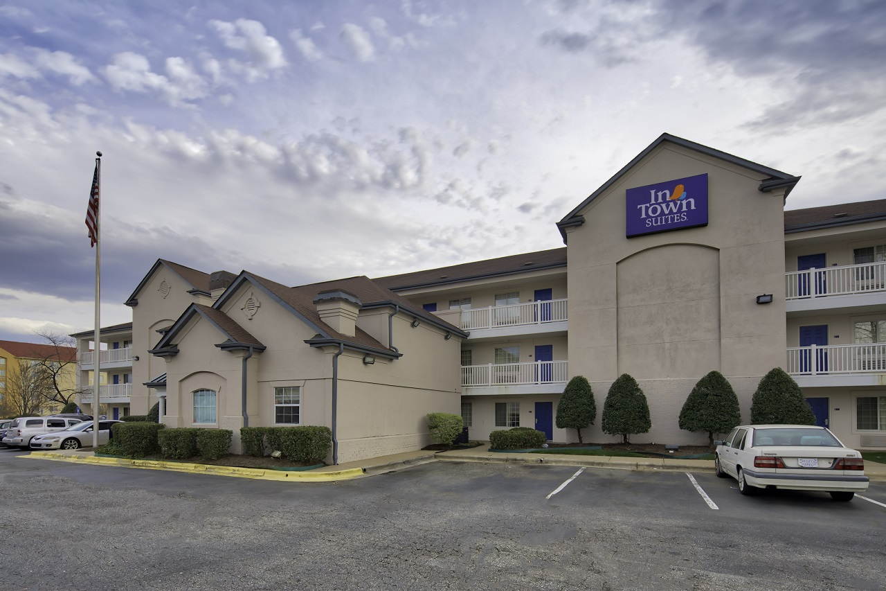 InTown Suites Extended Stay Greensboro NC - Lanada