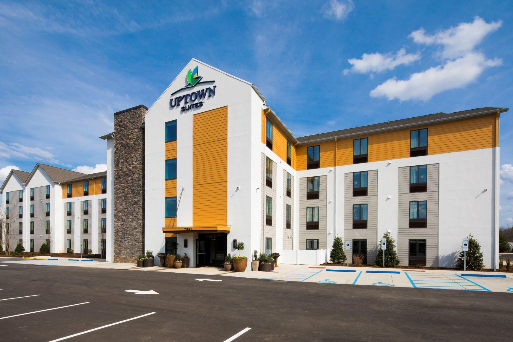 Uptown Suites Extended Stay Denver/Westminster