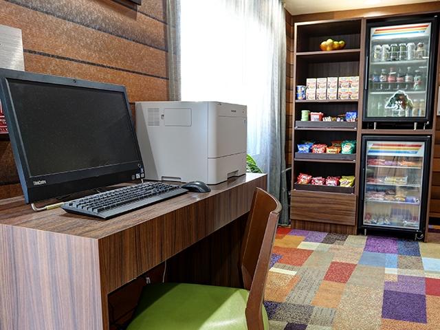 GreenTree Inn & Suites Mesa