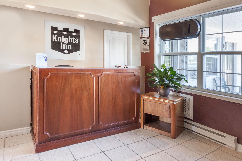 Knights Inn Fredericton