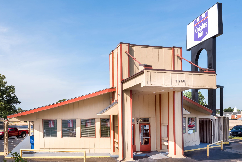 Knights Inn Fayetteville