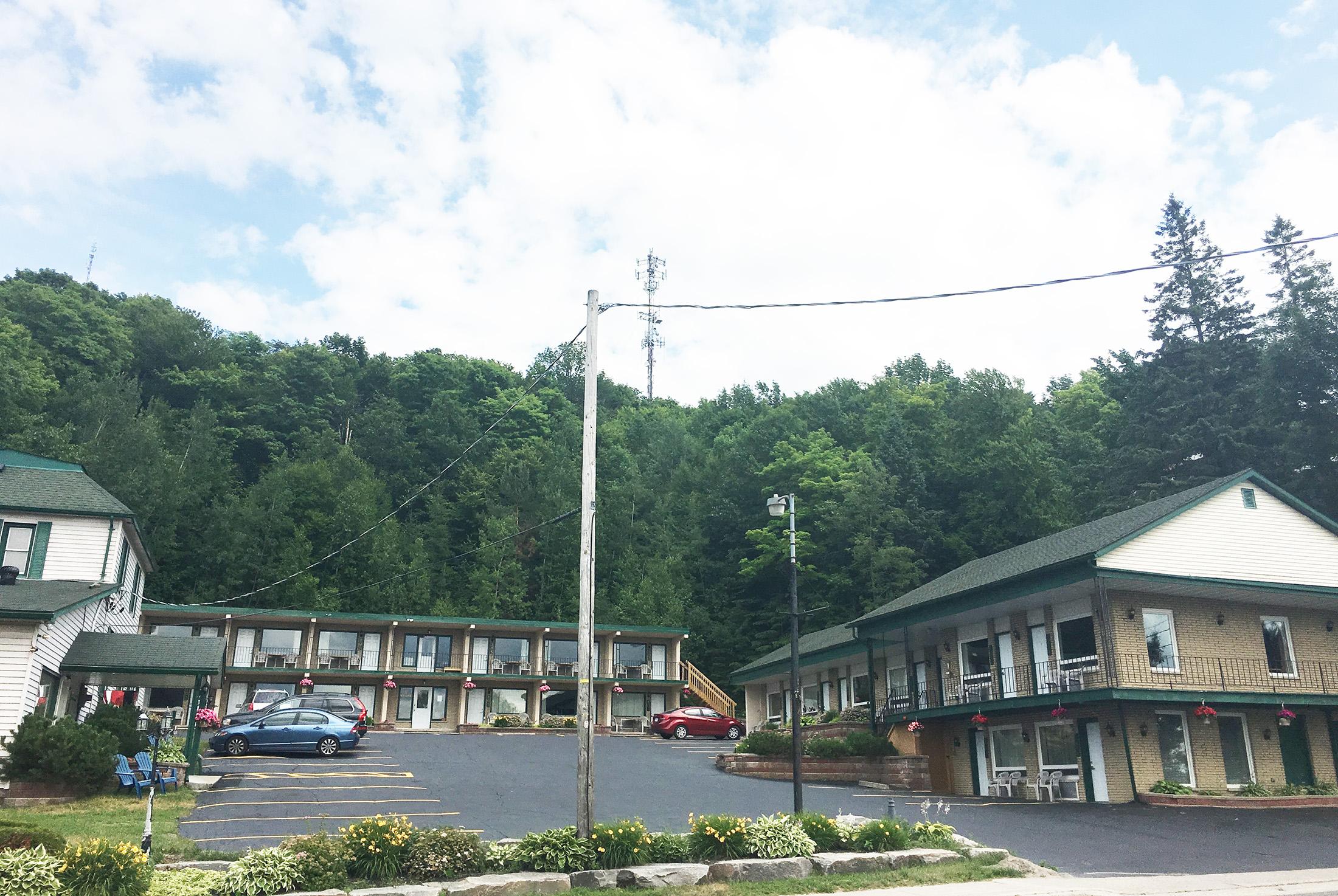 Knights Inn Huntsville, ON