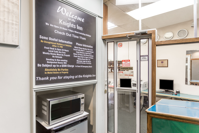 Knights Inn Regina