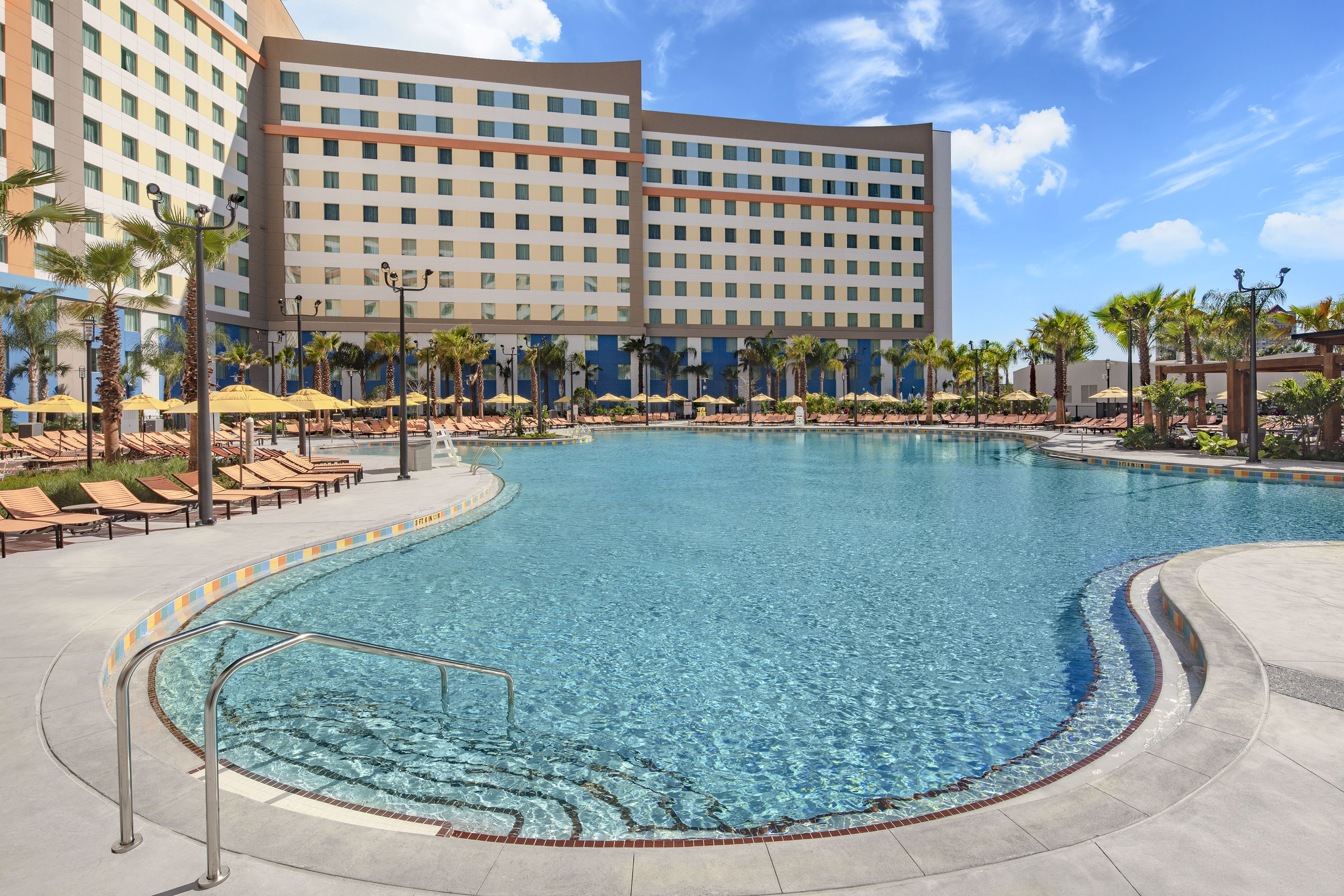Universal's Endless Summer Resort - Dockside Inn and Suites