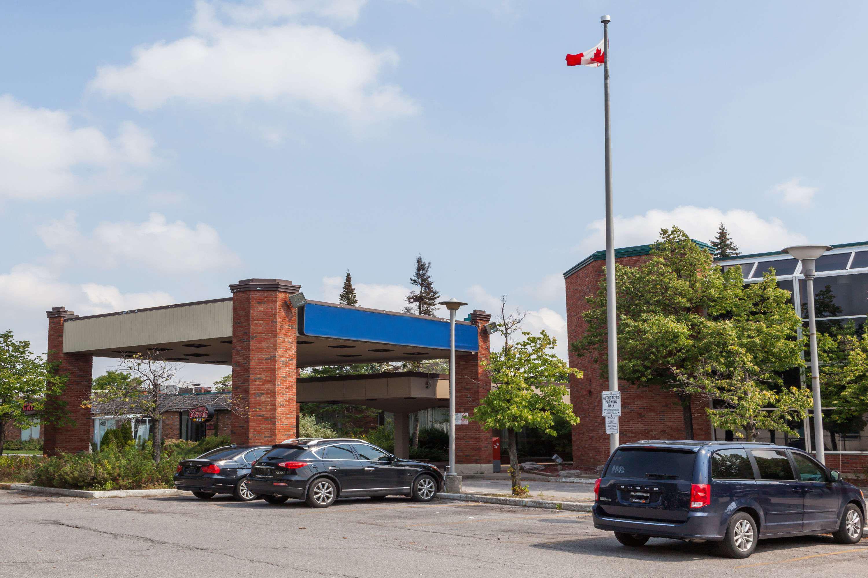 Knights Inn Toronto East