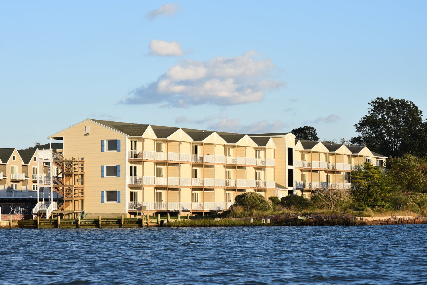 Waterside Inn Chincoteague Island