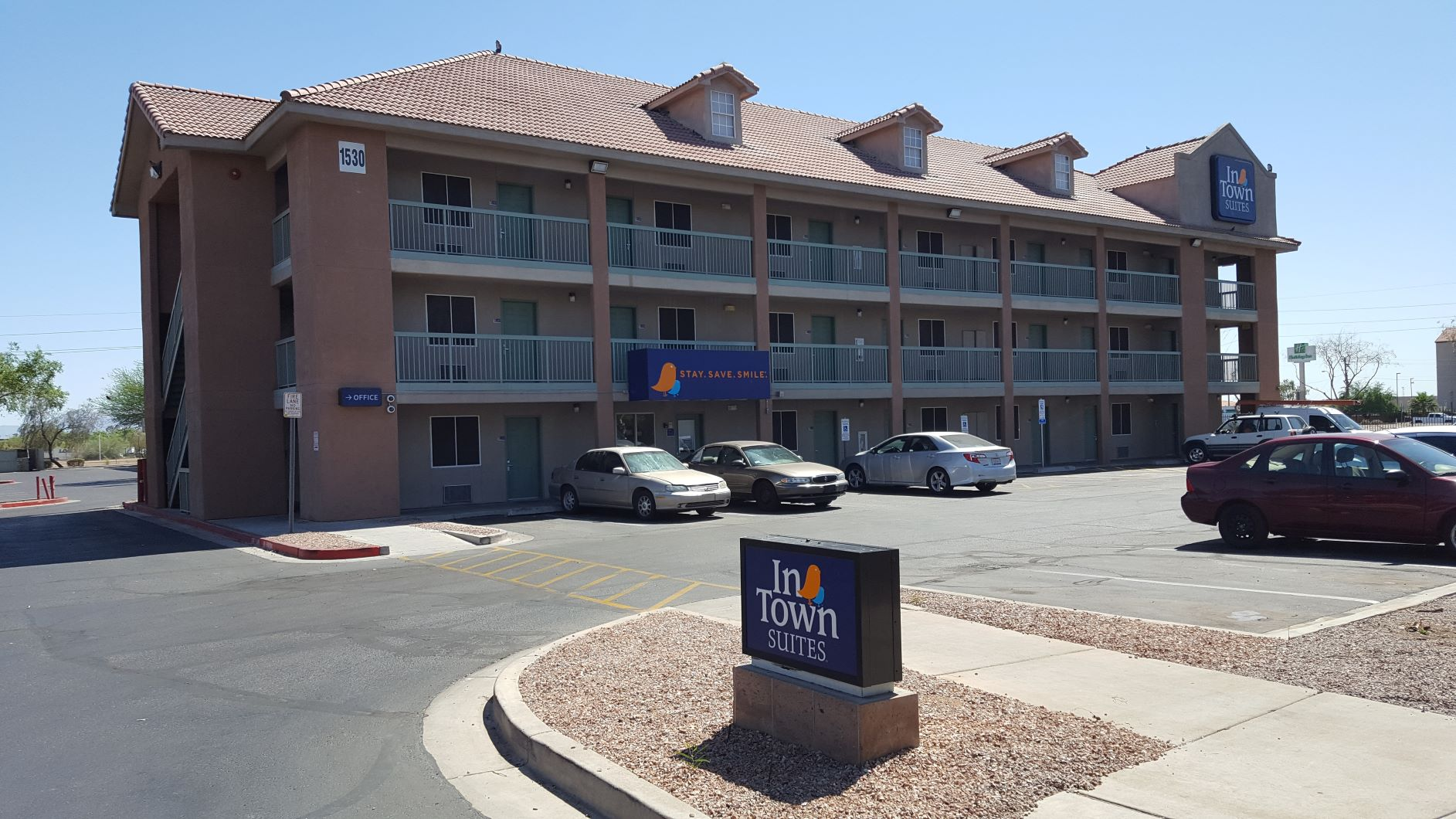InTown Suites Extended Stay Phoenix AZ - West