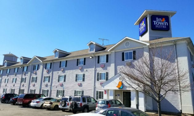 InTown Suites Extended Stay Indianapolis IN - Michigan Road