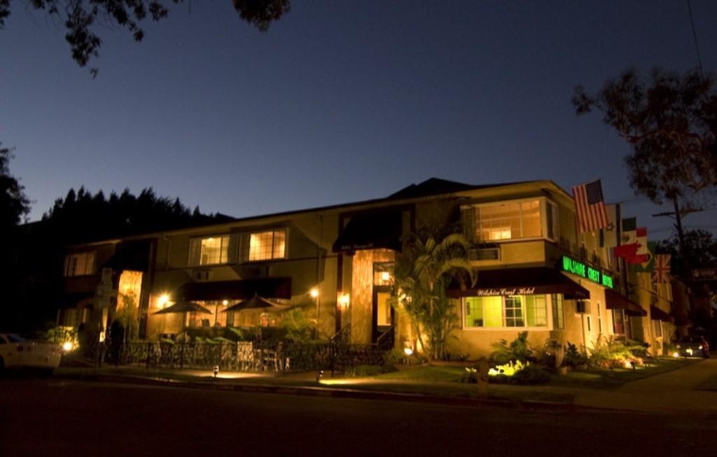 Wilshire Crest Hotel